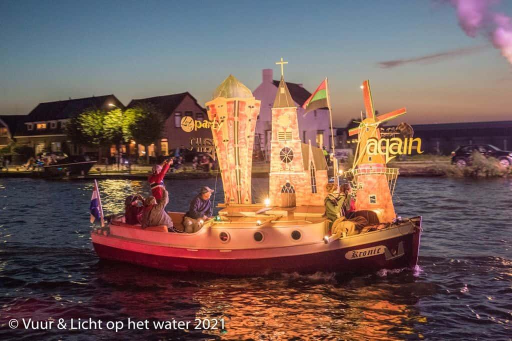 Winnaars verlichte botenshow - Kleine boten